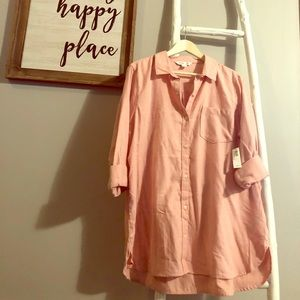 NWT Old Navy tunic length button up shirt